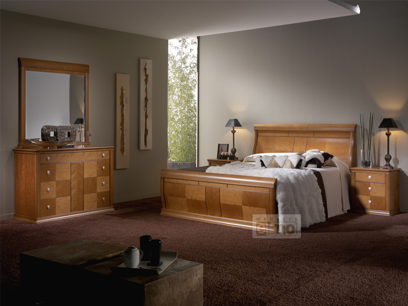 lit moderne en bois massif. Black Bedroom Furniture Sets. Home Design Ideas